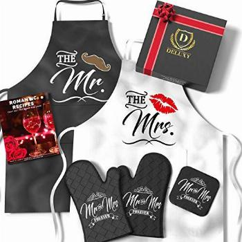 DELUXY Mr and Mrs Aprons For Happy Couple - Memorable Bridal