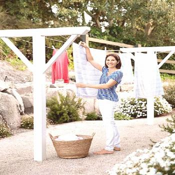 One of this homeowner's top requirements for the property? A clothesline, positioned off her laundr